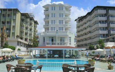 AZAK BEACH HOTEL 3*