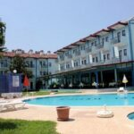 AYMES HOTEL 3*